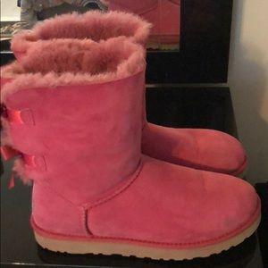 Women's Pink Uggs